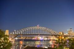 Hus för för Sydney hamnbro och opera Arkivbilder