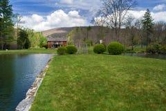 """Hus för loge för Glen Alton Farm †""""huvudsakligt fotografering för bildbyråer"""