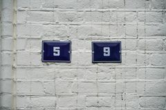 Hus 9 för nummer trettiofem och nio 5 och Arkivbild