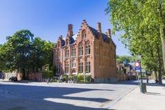 Hus för Vereniging ` t Sas från Bruges Arkivbilder