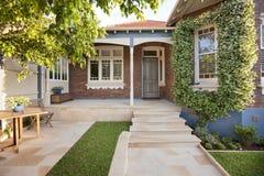 Hus hem- Front Steps Arkivbilder