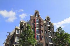 Hus i Amsterdam, Holland Royaltyfri Bild