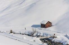 Hus i bergen Skidar semesterorten Livigno Fotografering för Bildbyråer