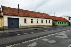 Hus i Bratislava arkivbild
