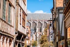 Hus i den Rouen staden i Frankrike arkivbilder