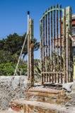 Hus i den Tavolara ön; denna ö är en av mest viktiga öar av Sardinia Italien Royaltyfri Fotografi