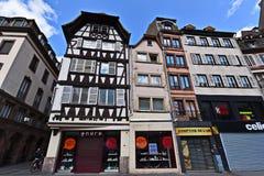 Hus i det gamla stadområdet Strasbourg Arkivbild