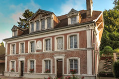 Hus i Lisieux, var hon bodde St Therese av barnet Jesu Royaltyfri Fotografi