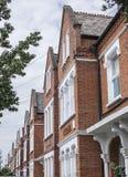 Hus i London - gatorna Royaltyfri Foto