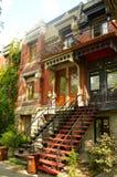 Hus i Montreal Royaltyfri Foto