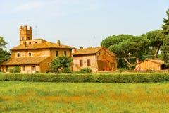Hus i Rome, Italien Arkivfoton