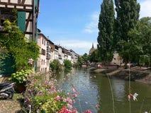 Hus i staden av Strasbourg Royaltyfria Bilder