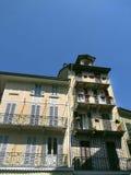 Hus i Stresa på sjön Como Italien Royaltyfri Bild