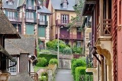 Hus i Trouville sur Mer i Normandie Royaltyfri Fotografi