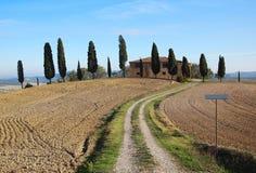 Hus i Tuscany Royaltyfria Bilder