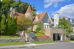 Hus i Westmount Arkivbild