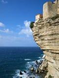 Hus och befästningar, Bonifacio, Korsika, Frankrike royaltyfri fotografi