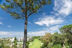 Hus och byggnader i Wolf Valley ( Dal gör Lobo) , Algarve Royaltyfri Foto