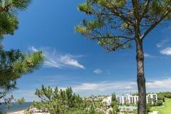 Hus och byggnader i Wolf Valley ( Dal gör Lobo) , Algarve Royaltyfria Bilder