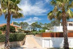 Hus och byggnader i Wolf Valley ( Dal gör Lobo) , Algarve Arkivfoton