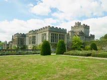 Hus och gräsmattan Royaltyfri Foto