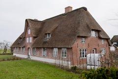 Hus på Amrum arkivfoto