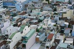 Hus på den Ho Chi Minh staden, sikt från himmelbyggnad i den Ho Chi Minh staden Royaltyfri Fotografi