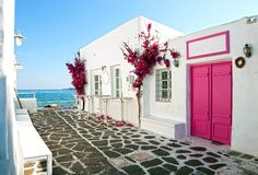 Hus på kusten royaltyfria foton