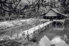 Hus på laken royaltyfri foto