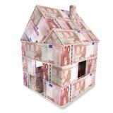 Hus som göras med 10 euroanmärkningar Fotografering för Bildbyråer