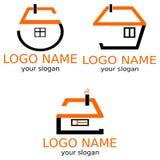 Hus stiliseras av nummer En uppsättning av logoer royaltyfri illustrationer