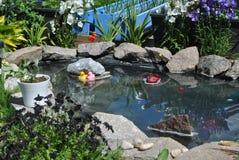 Hus-trädgård i Norge arkivbild