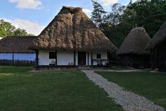 hus traditionella romania Arkivfoto