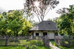 hus traditionella romania Arkivbild
