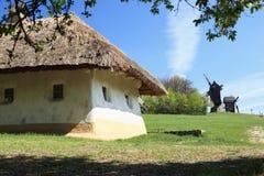 hus traditionella ukraine Arkivbild