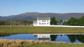 Hus vid laken Fotografering för Bildbyråer