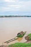 Husbåt i Mekong River Arkivfoton