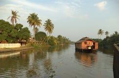 Husbåt Kumarakom, Kerala, Indien Royaltyfri Fotografi