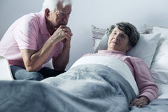 Husband and mortally ill wife Royalty Free Stock Photography
