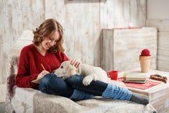 Husdjurs frienship royaltyfria bilder