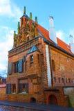 Huset av Perkunas eller åska som byggs i det 15th århundradet i Kaunas Royaltyfri Bild