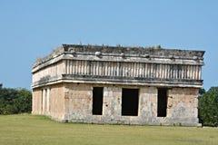 Huset av sköldpaddor i den forntida Mayan platsen Uxmal, Mexico Arkivbild