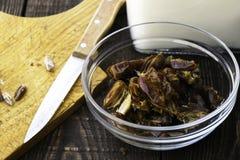 Hushaf - datumet mjölkar, den traditionella ramadan maträtten, matlagning, ingredienser som göras full av hål data i en platta, k fotografering för bildbyråer