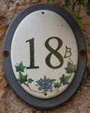 Husnummer 18 b i Borghetto sul Mincio Royaltyfri Bild