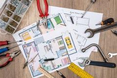 Husplan med funktionsdugliga hjälpmedel Royaltyfria Bilder