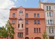 Hussite kyrktar (1925) i det Nusle området av Prague Royaltyfri Bild