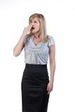 Hustende oder gähnende Frau Stockfoto