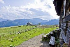 Hut in de bergen Royalty-vrije Stock Foto's