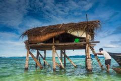 A hut in the middle of the sea Royalty Free Stock Photos