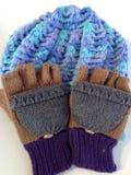 Hut und Handschuhe Stockfotografie